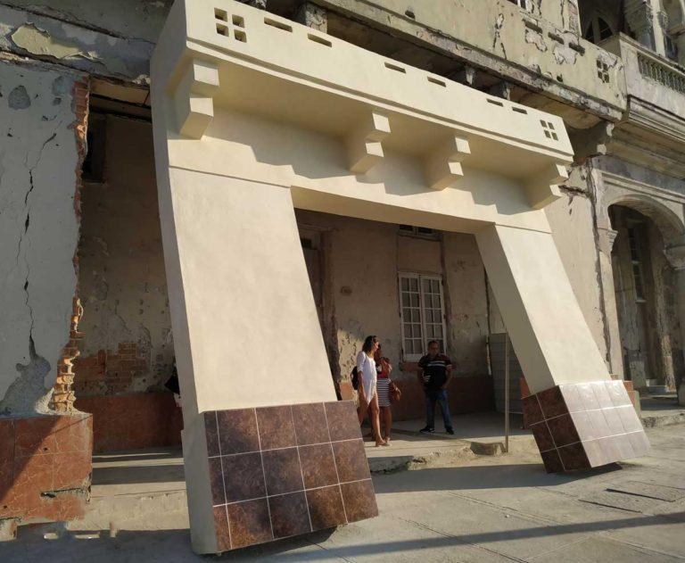 Se inaugura exposición Detrás del muro (Bienal Habana)