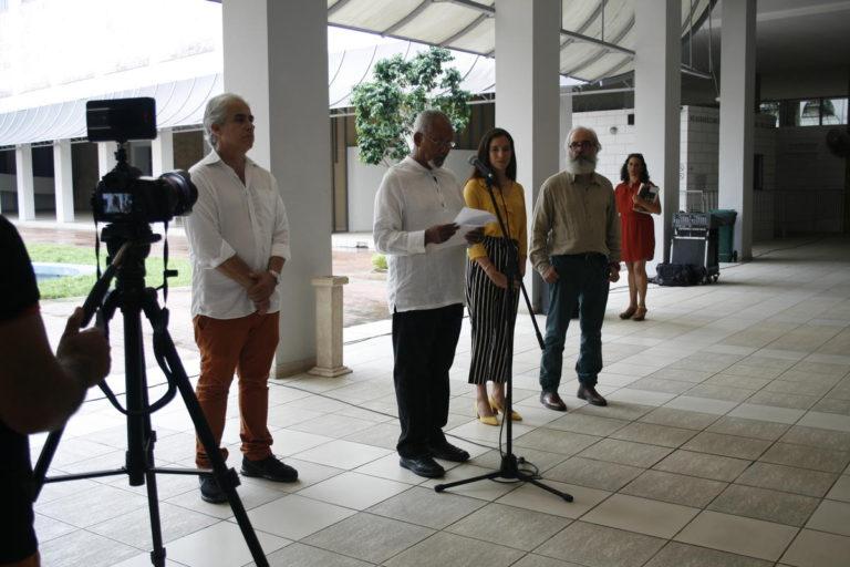 Exposición de Jesús de Armas, inaugurada el 8 de septiembre en la Sala transitoria del Edificio de Arte Cubano, Museo Nacional de Bellas Artes