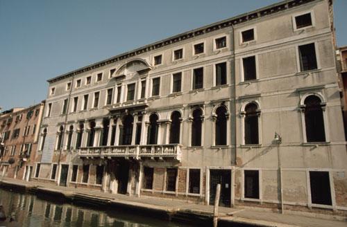 Exposición colectiva de arte cubano en Venecia (Palacio Zenobio)-1