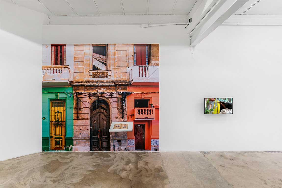 Grethell Rasúa y Harold García en Dot Fiftyone Gallery