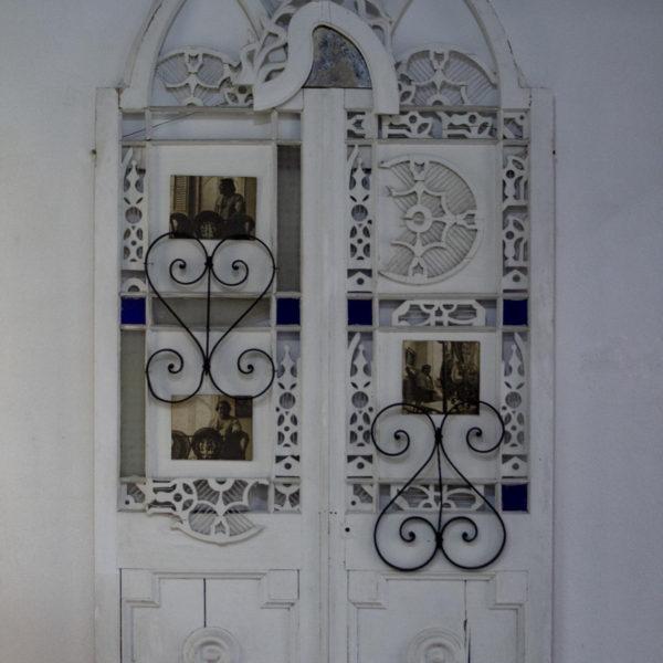Antonia Eiriz. El Grito. 1964. Madera y metal. 89 cm. Colección del Museo Orgánico de Romerillo, La Habana.