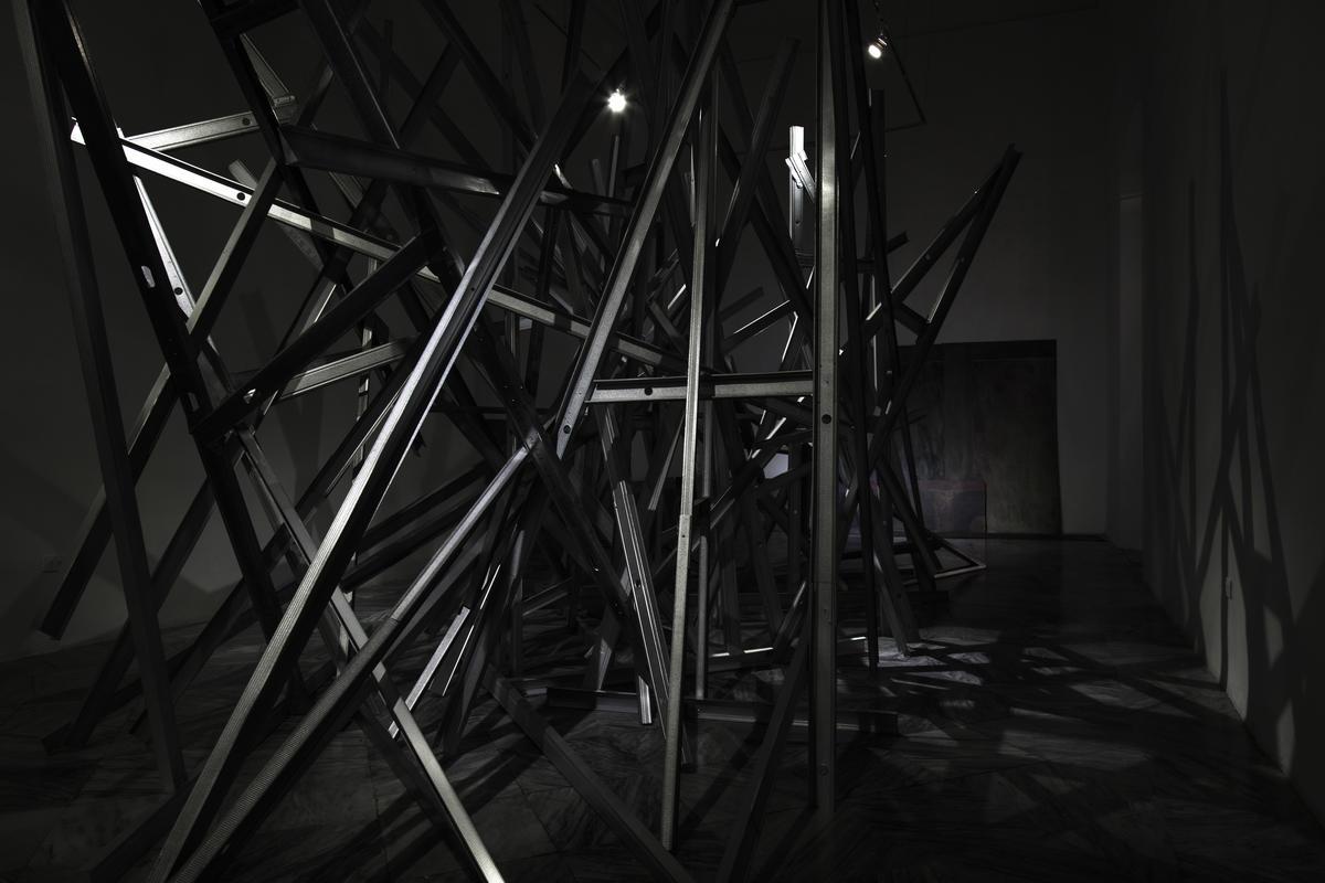 Obra de la exposición Monumento al hombre incompleto. Centro de Desarrollo de las Artes Visuales. 2018.