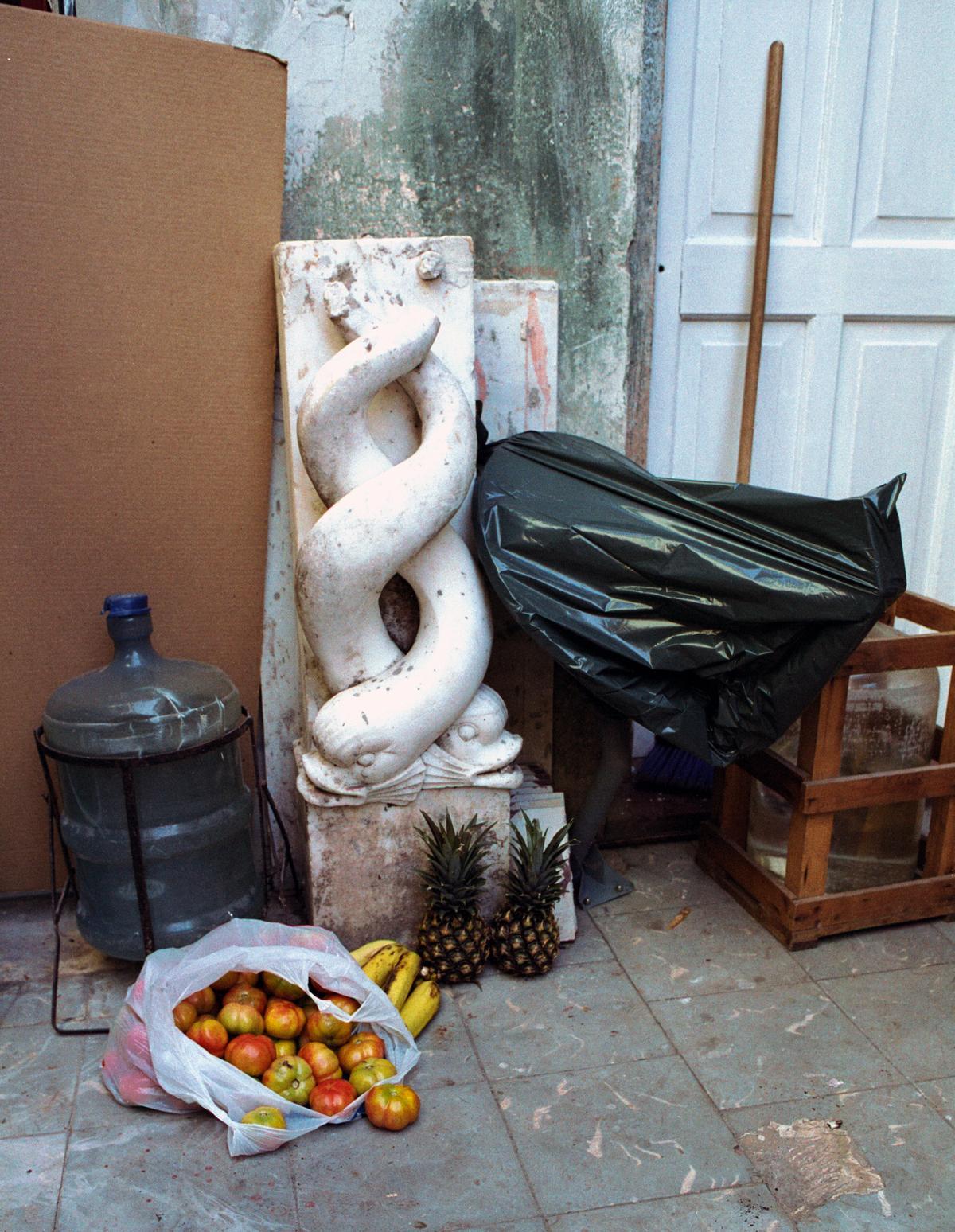 Fotografía IV de la serie Los secretos, 2003. Impresión digital. 119 x 92.5 cm