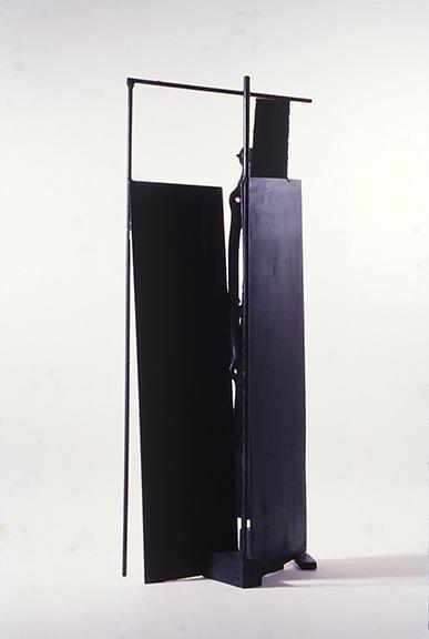 Tomás Oliva. Sin título. 1988. Hierro. Aproximadamente 120 cm alto. Colección privada, Miami, Estados Unidos