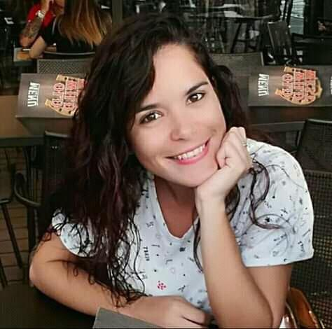 Shirley Moreira