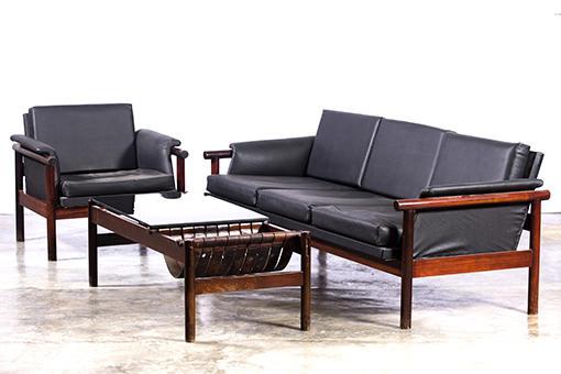 Mobiliario, años 60. Diseño de Gonzalo Córdoba. (En el contexto de la exposición Convergencias, Factoría Habana, 2018. Foto de Erick Coll).