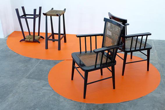 Tipos de mobiliario, años 60. Diseño de Clara Porset. (En el contexto de la exposición Clara Porset, el eterno retorno, Factoría Habana, 2016. Foto de Erick Coll).