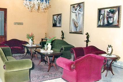 Hotel Santa Isabel, La Habana Vieja, 1996. Diseño interior y de mobiliario realizado por un equipo de trabajo: Decoro, Dujo y Caguayo S. A.