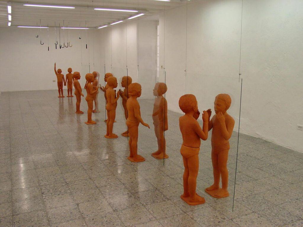Lisbet Fernández. Exposición Sentido, 2004.