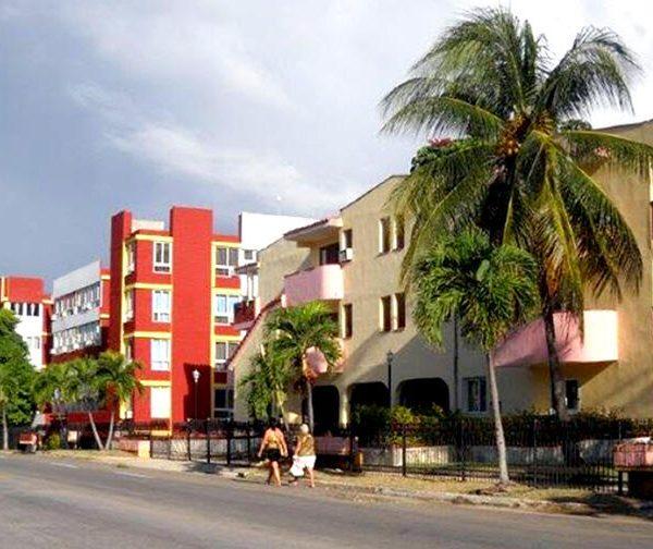 De la Villa Panamericana, La Habana.