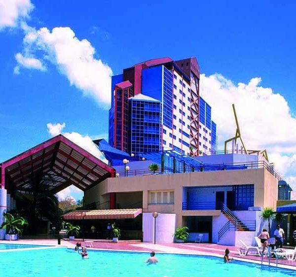 Hotel Meliá Santiago, Santiago de Cuba. (Foto: Eduardo Luis Rodríguez).